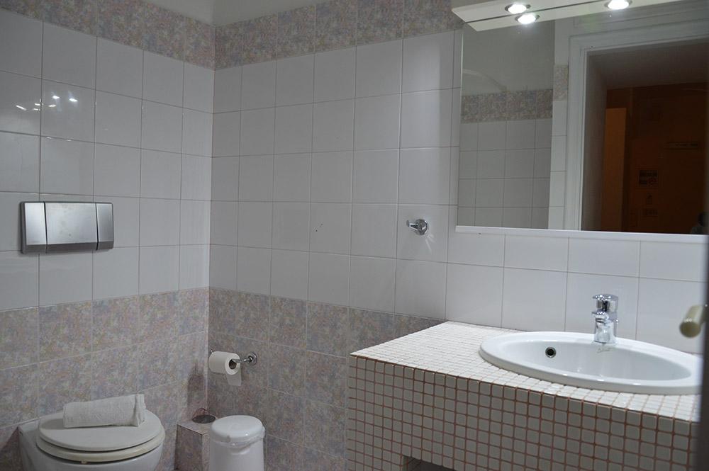 bathroom polyhymnia 9 muses apartment creta