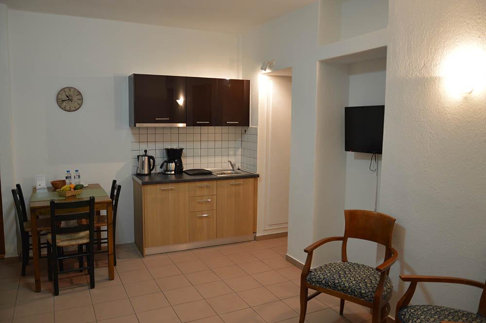 thalia kitchen 9 muses apartment agios nikolaos